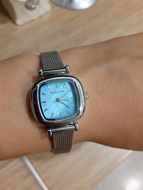 Отличные часы! Очень понравились. Цена вообще подарок.