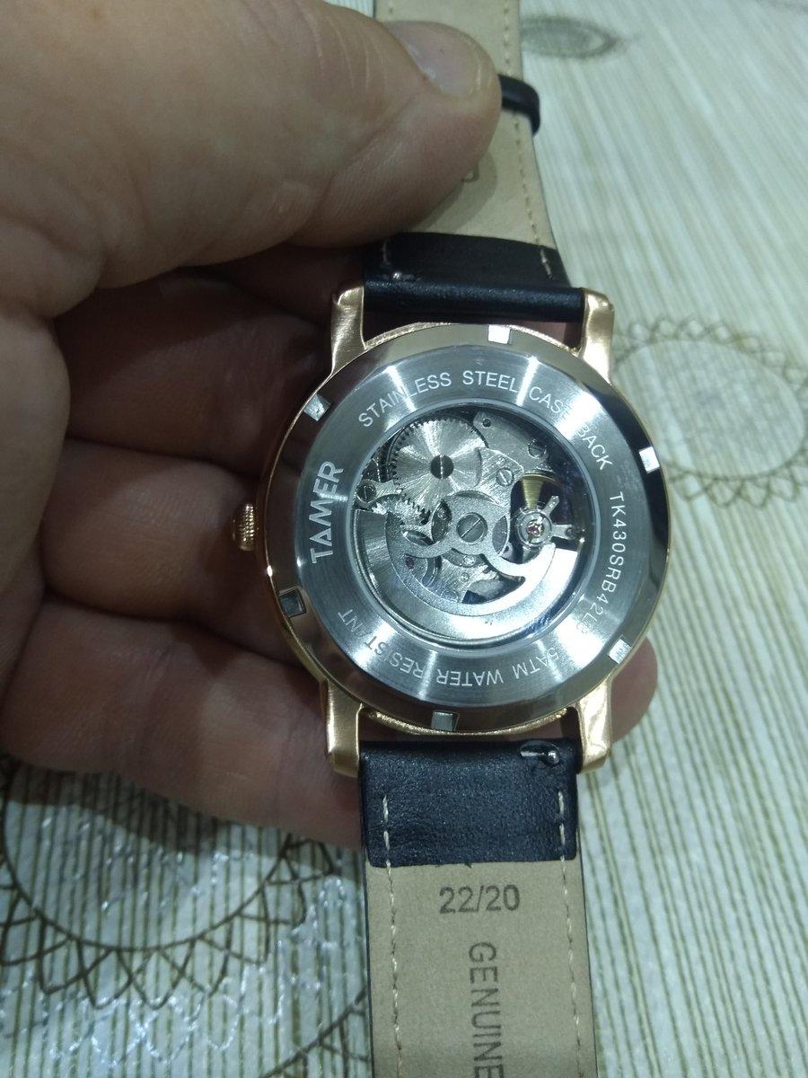 Часы стильные и модные