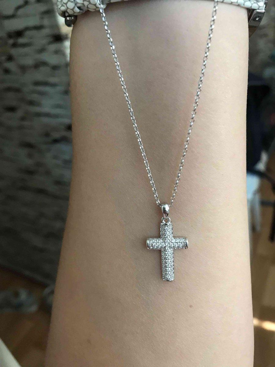 Серебрянная цепочка и крестик