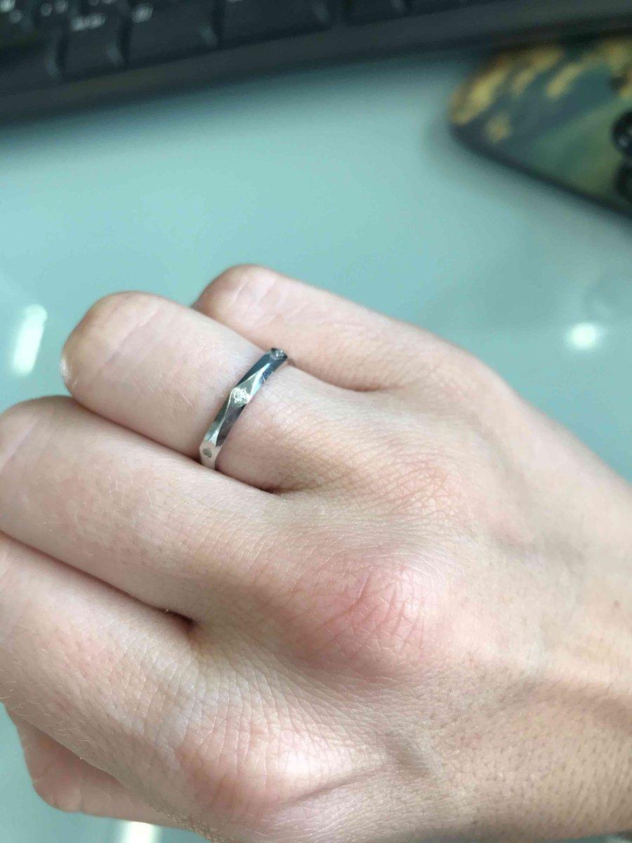 Достаточно оригинальное кольцо