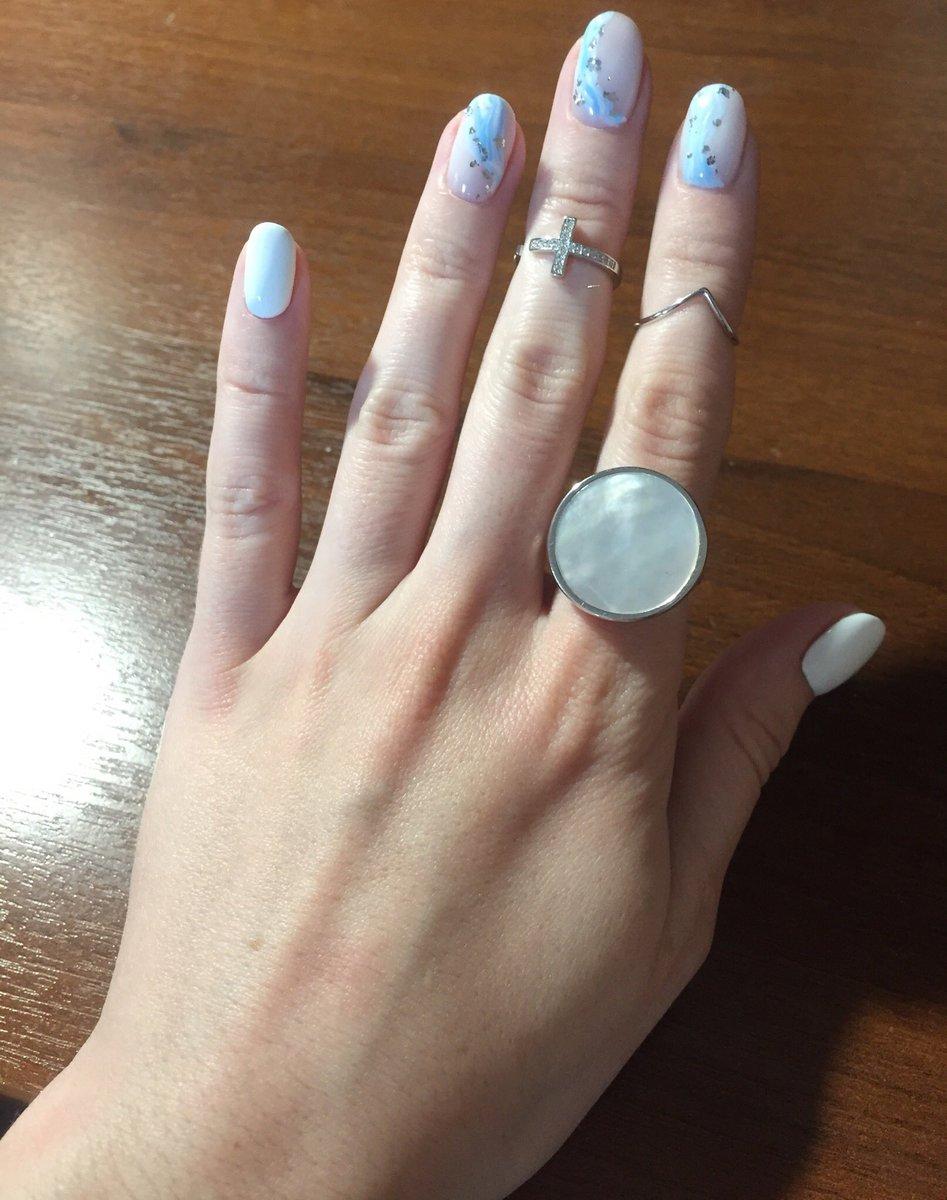 Кольцо из серебра с перламутром 💍