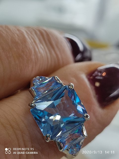 Кольцо с фианитом, серебро