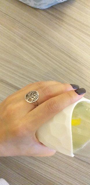 Необычное,очень красивое кольцо