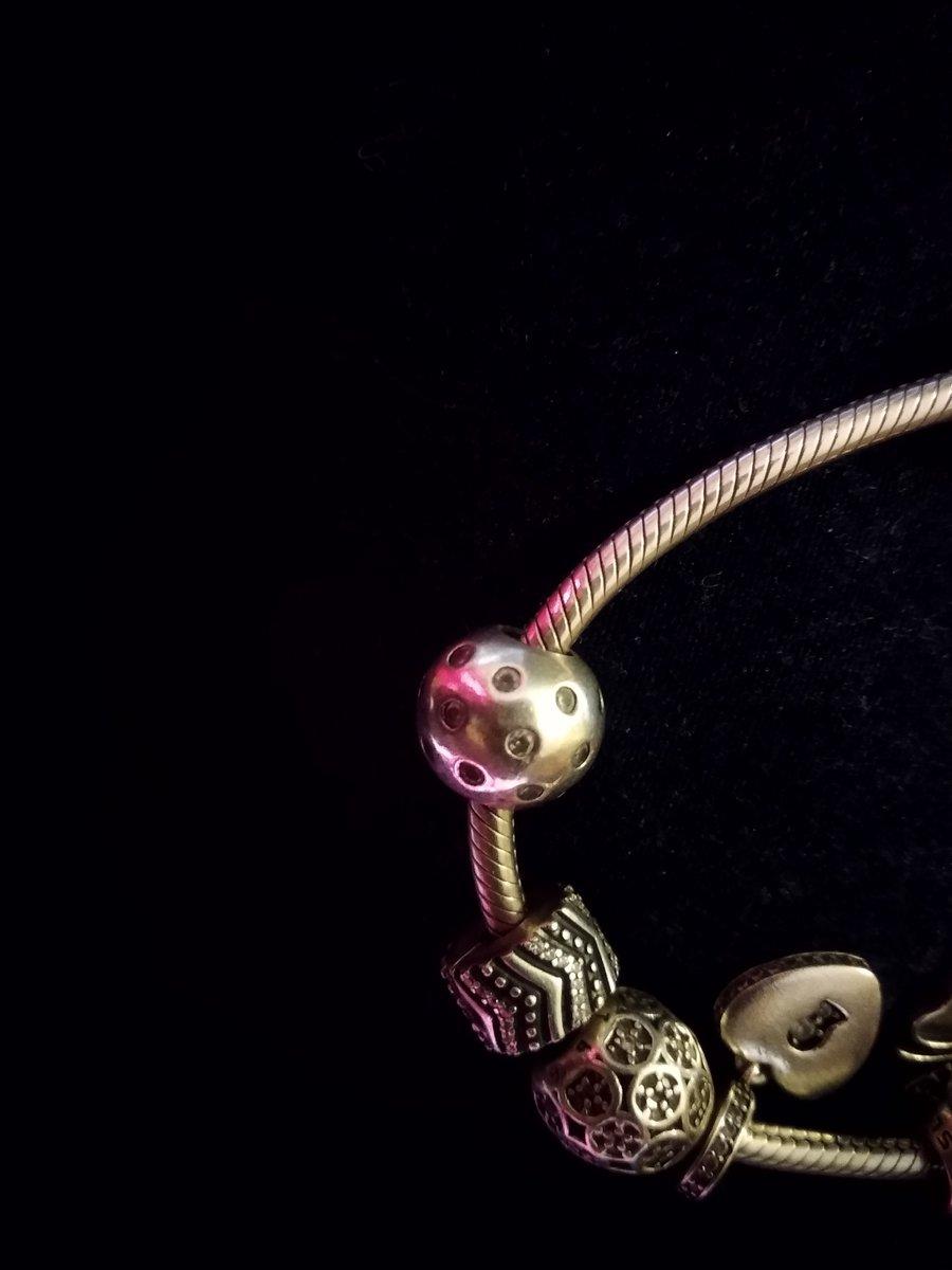 Шикарный,очаровательный,стильный шарм из серебра для браслета от sunlight .