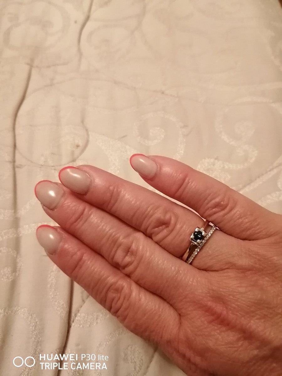 Стильное кольцо, хорошее сочетание жёлтого и белого золота