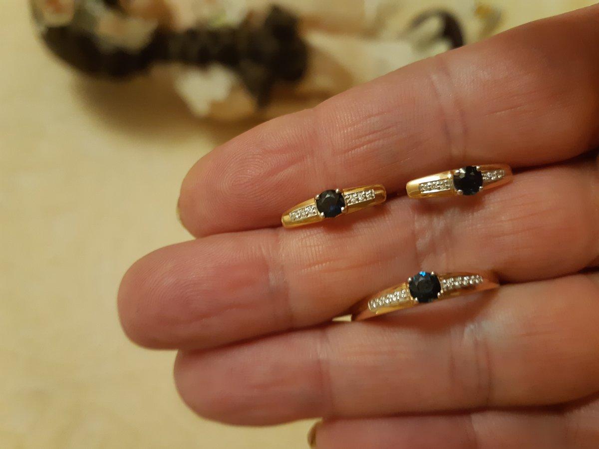 Золотые кольцо с сапфирами и бриллиантами