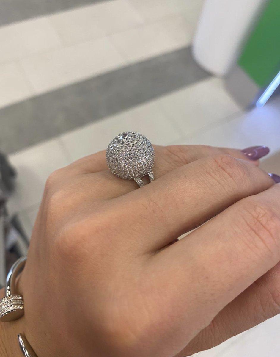 Кольцо сверкающее