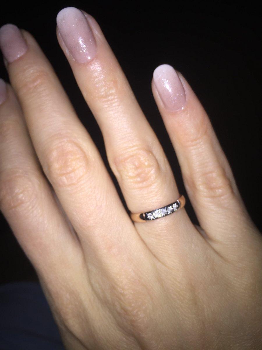 Аккуратное,симпатичное кольцо