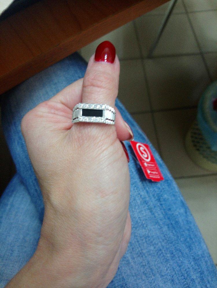 Мужское серебряное кольцо с фианитами