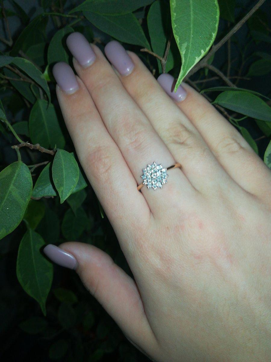 Дочка очень рада подарку!!! кольцо шикарное!!!