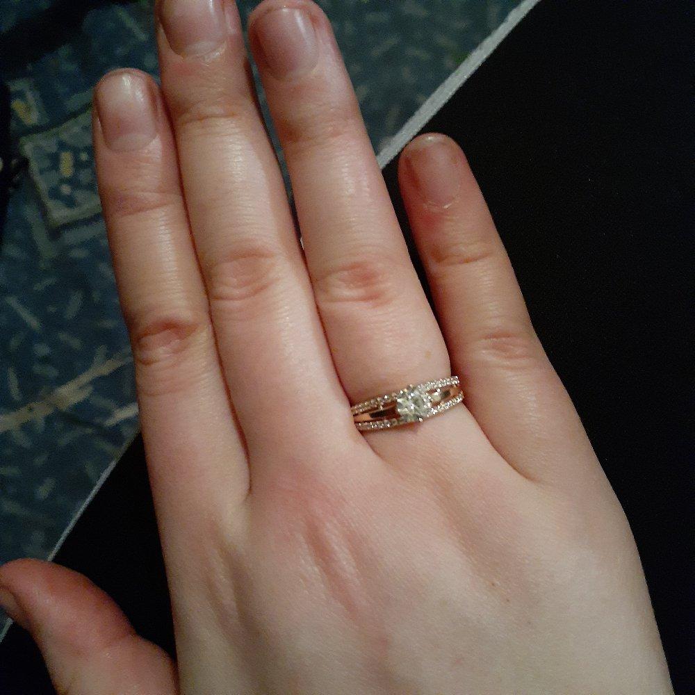 Спасибо! очень красивое кольцо!