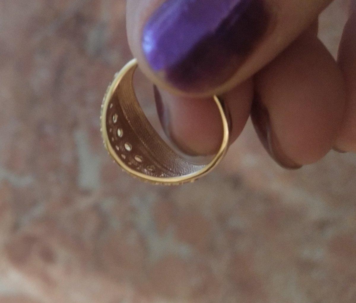 Кольцо с хризолитами и фианитами