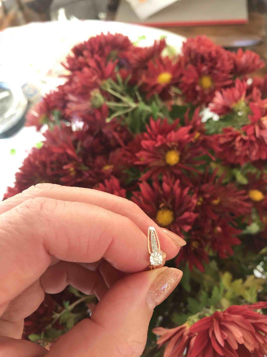 Сережки с бриллиантами в розовом золоте!