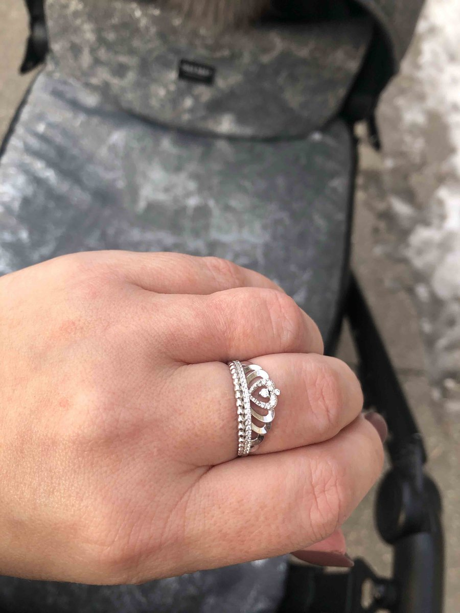 Кольцо очень ронравилось подарил муж на рождение сына !!!
