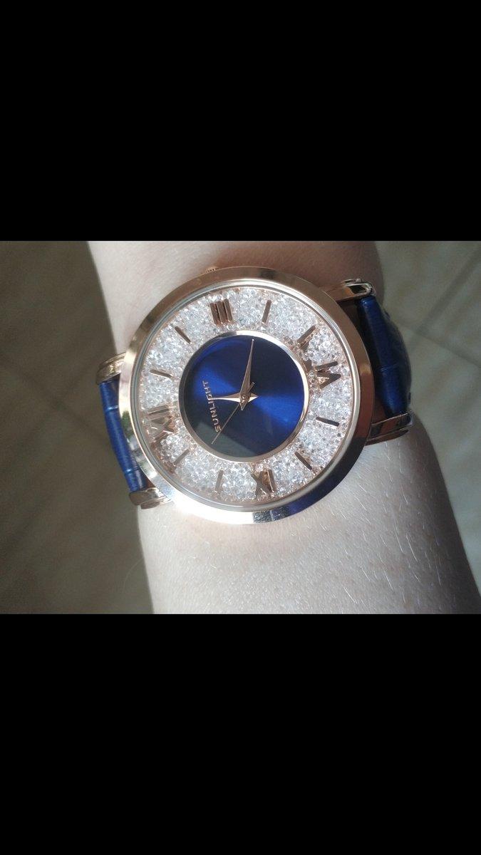 Синие часы с кристаллами