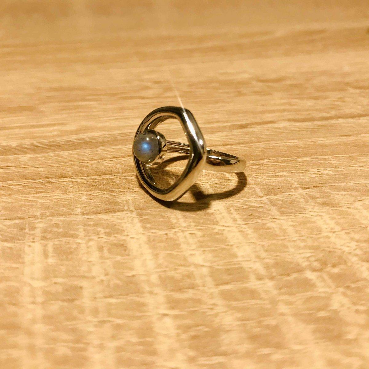Красивое кольцо 💙