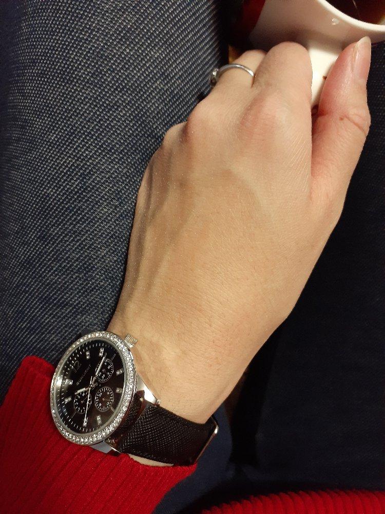Отличные часы для повседневного ношения.