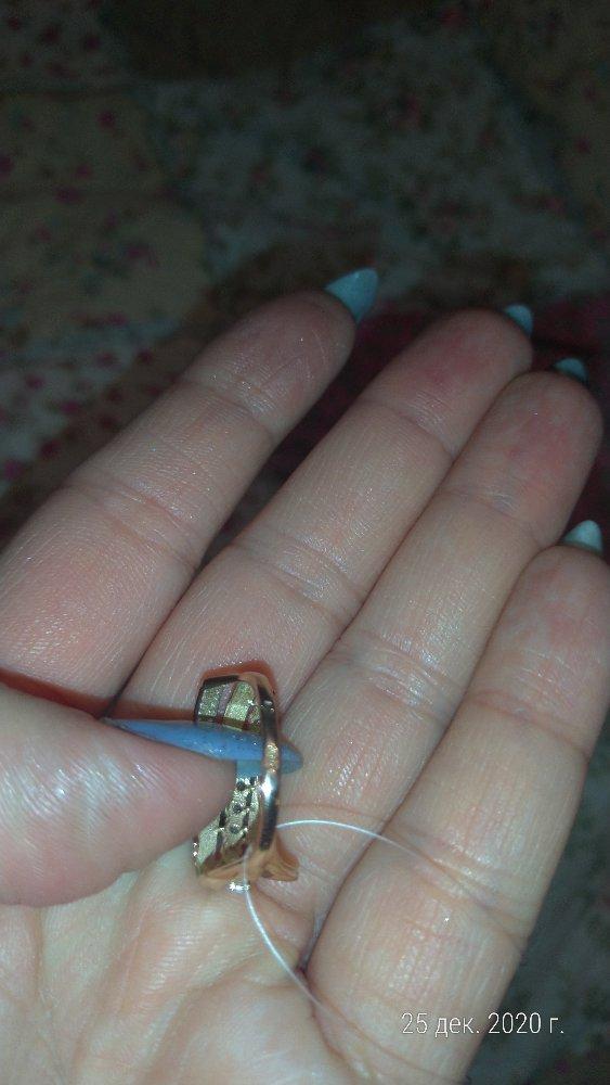 Тонкая шинка, кольцо не соответствует фото.