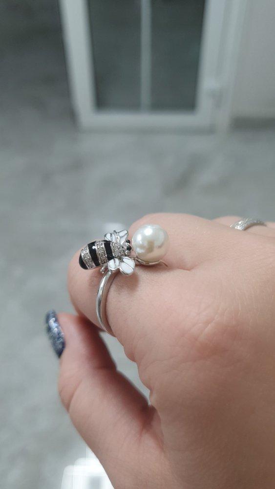 Серебрянное кольцо с фианитами и жемчугом