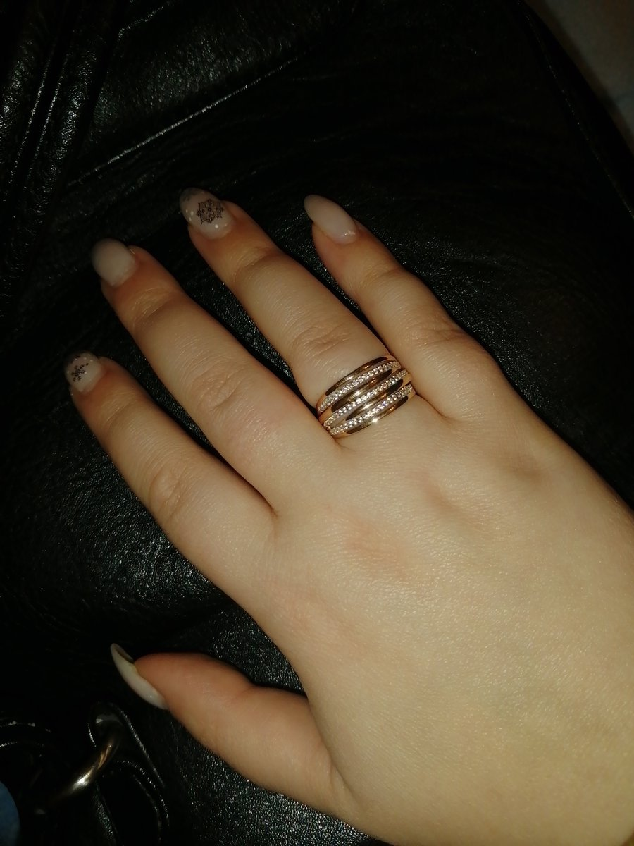 Кольцо почти четыре грамма