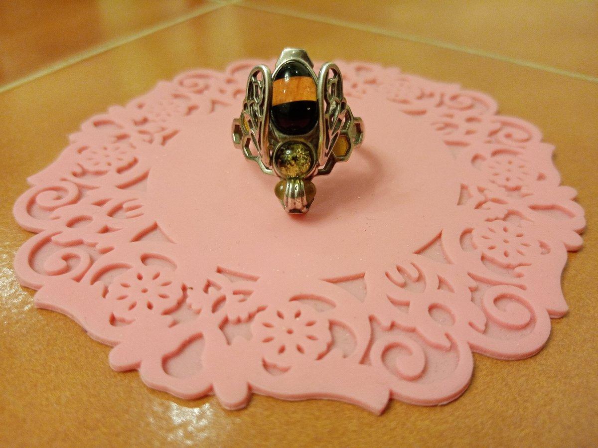 Серебряное кольцо янтарное из серии *насекомое *
