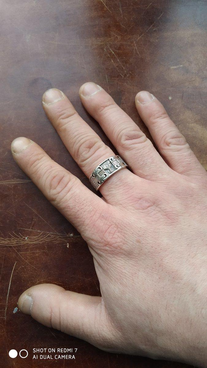 Давно хотел кольцо не обычного дизайна!