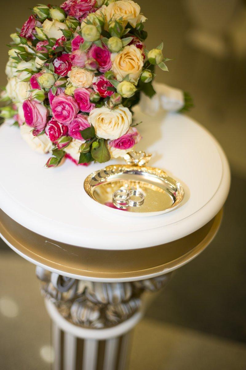Обручальное кольца на свадьбу