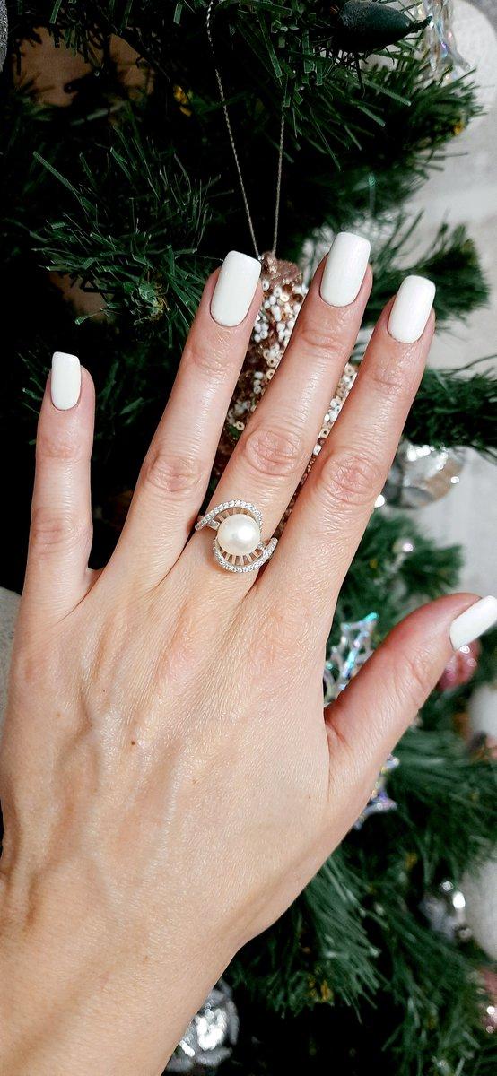 Нежное кольцо с жемчугом
