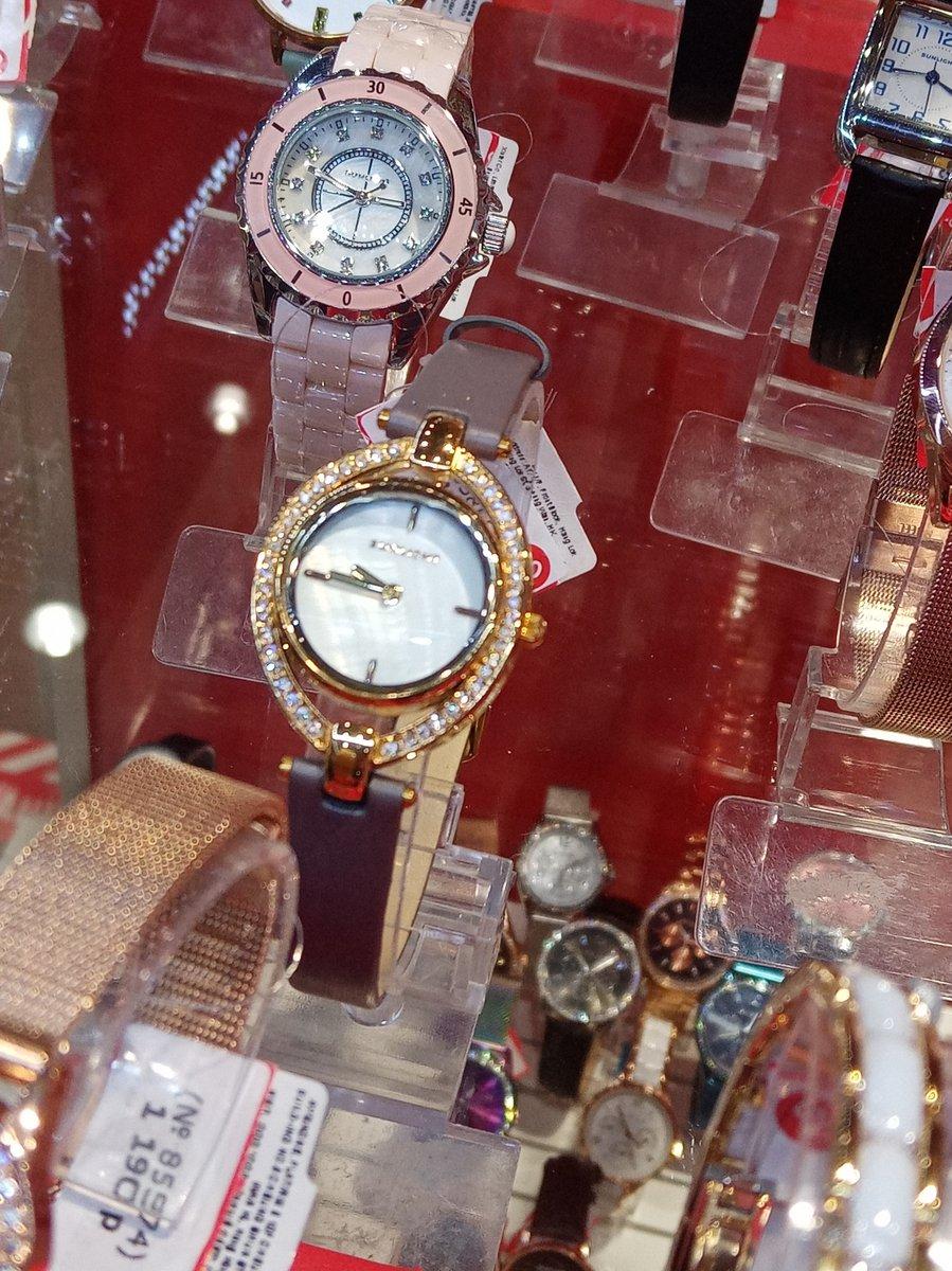 Хорошее обслуживание, часы хорошие, красивые. все супер все понравилось.