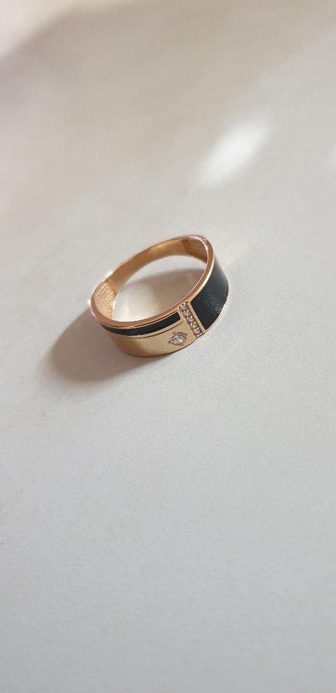 Кольцо золотое с феонитами и эмалью