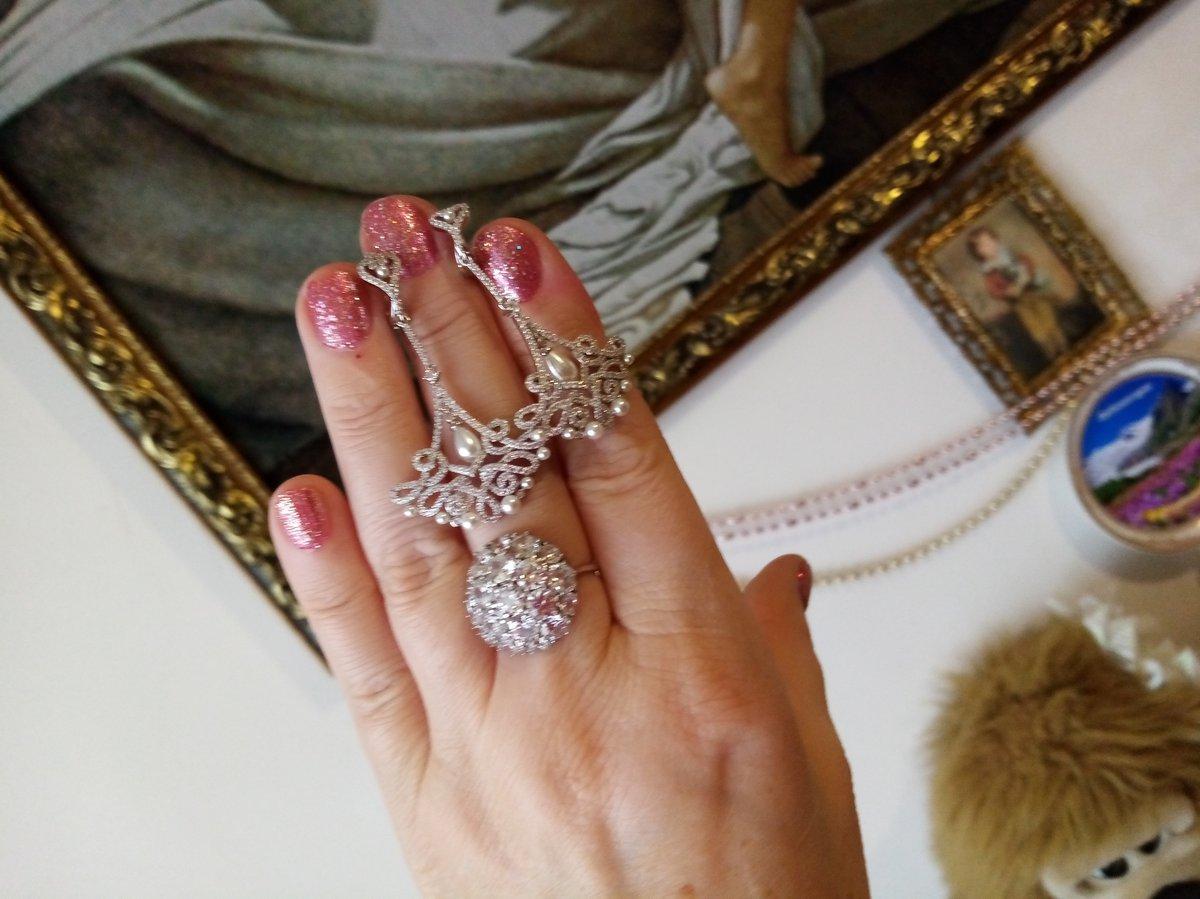 Нереально красивые серьги серебрянные с фианитами и жемчугом 5см