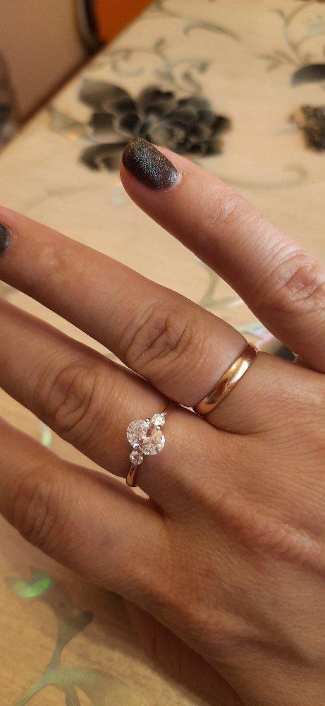 Серебряное кольцо под золото с фианитам