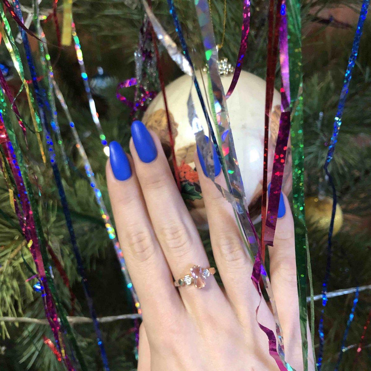 Кольцо с марганитом