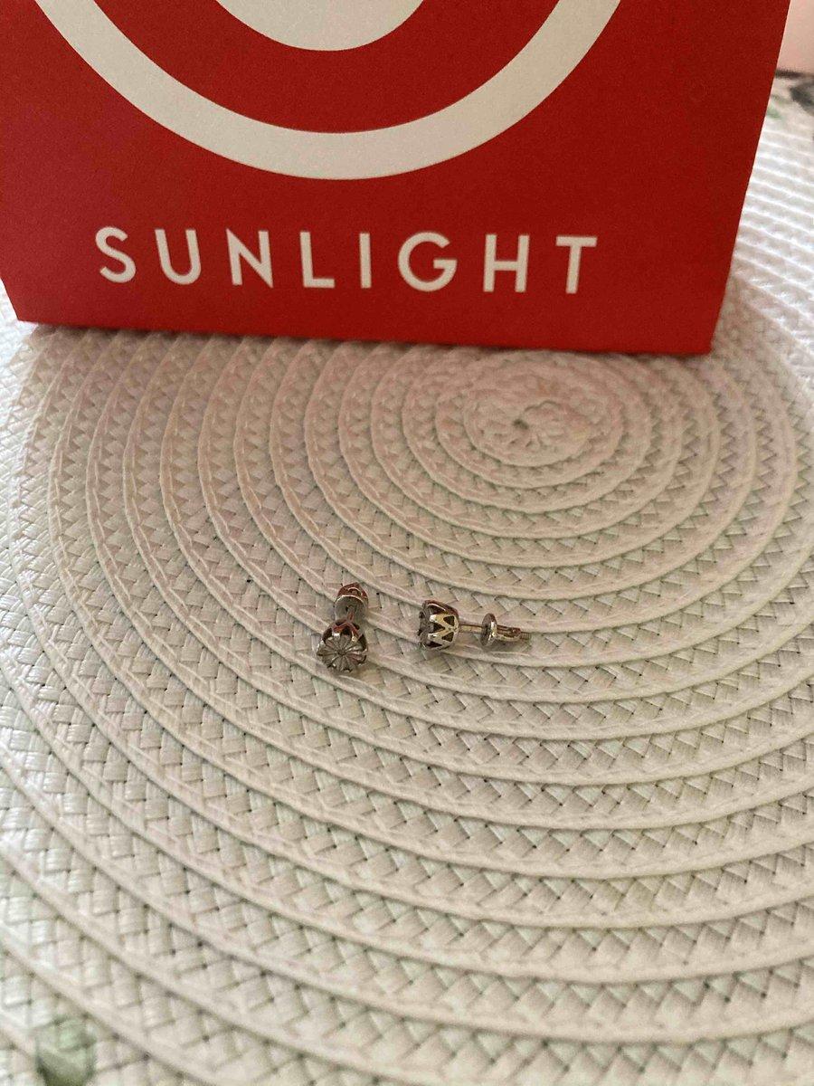 Серебряные серьги пуссеты с брилиантами
