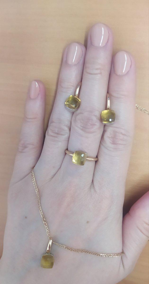Потрясающе красивое кольцо