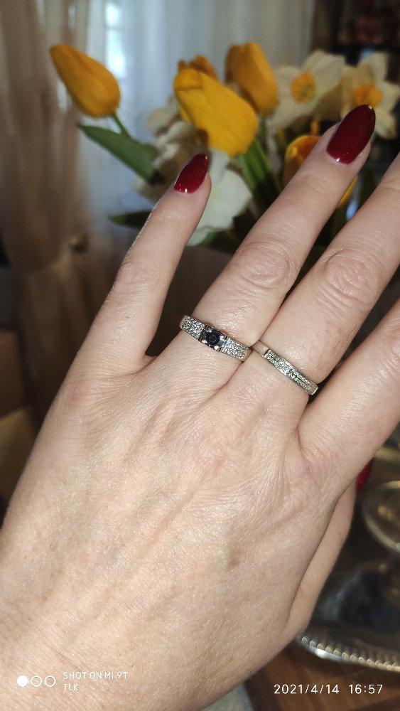 Кольцо с сапфиром и бр ллиантами