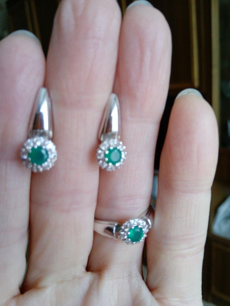 Прелестные серебряные сережки