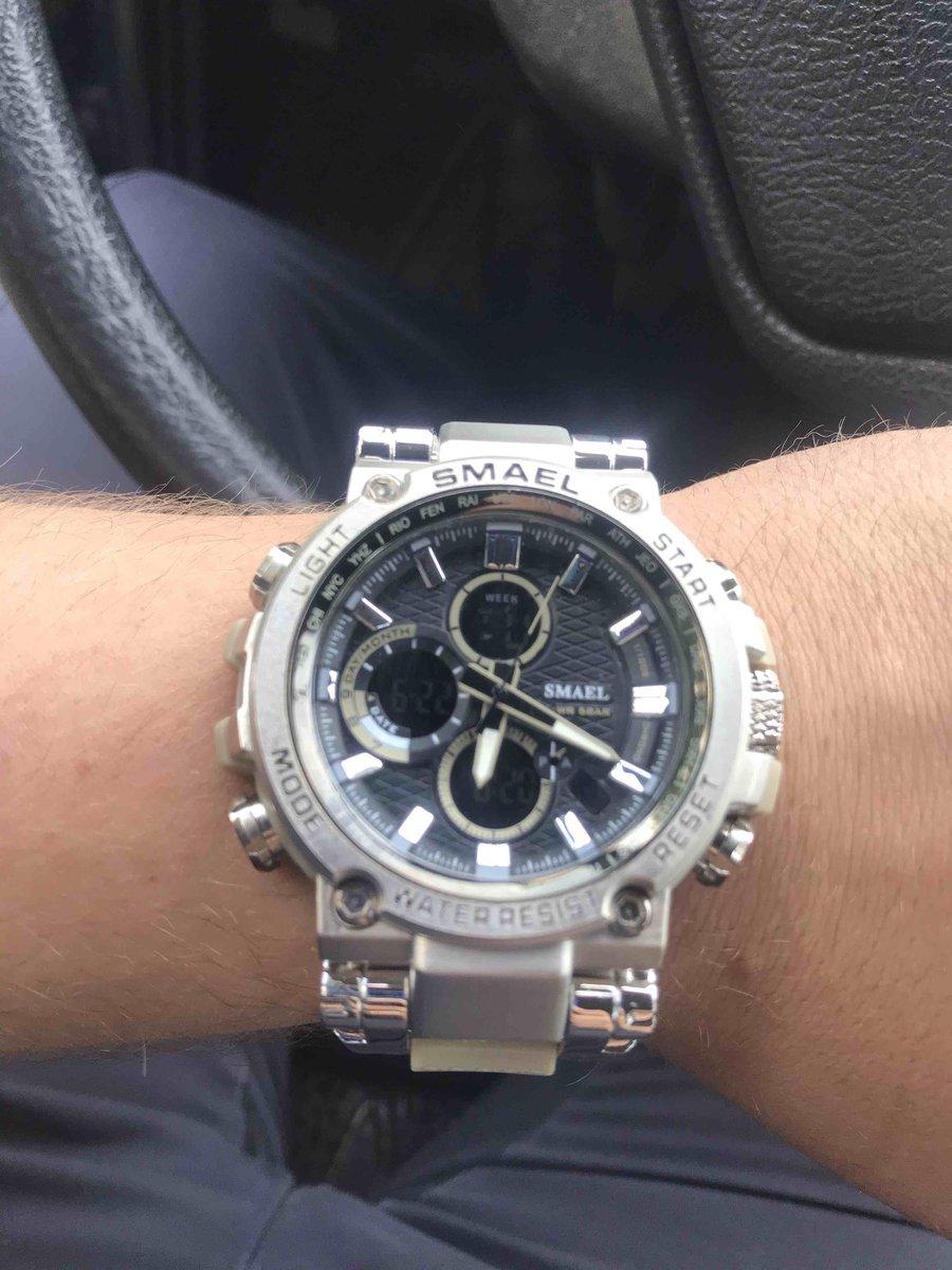 Хорошие массивные часы