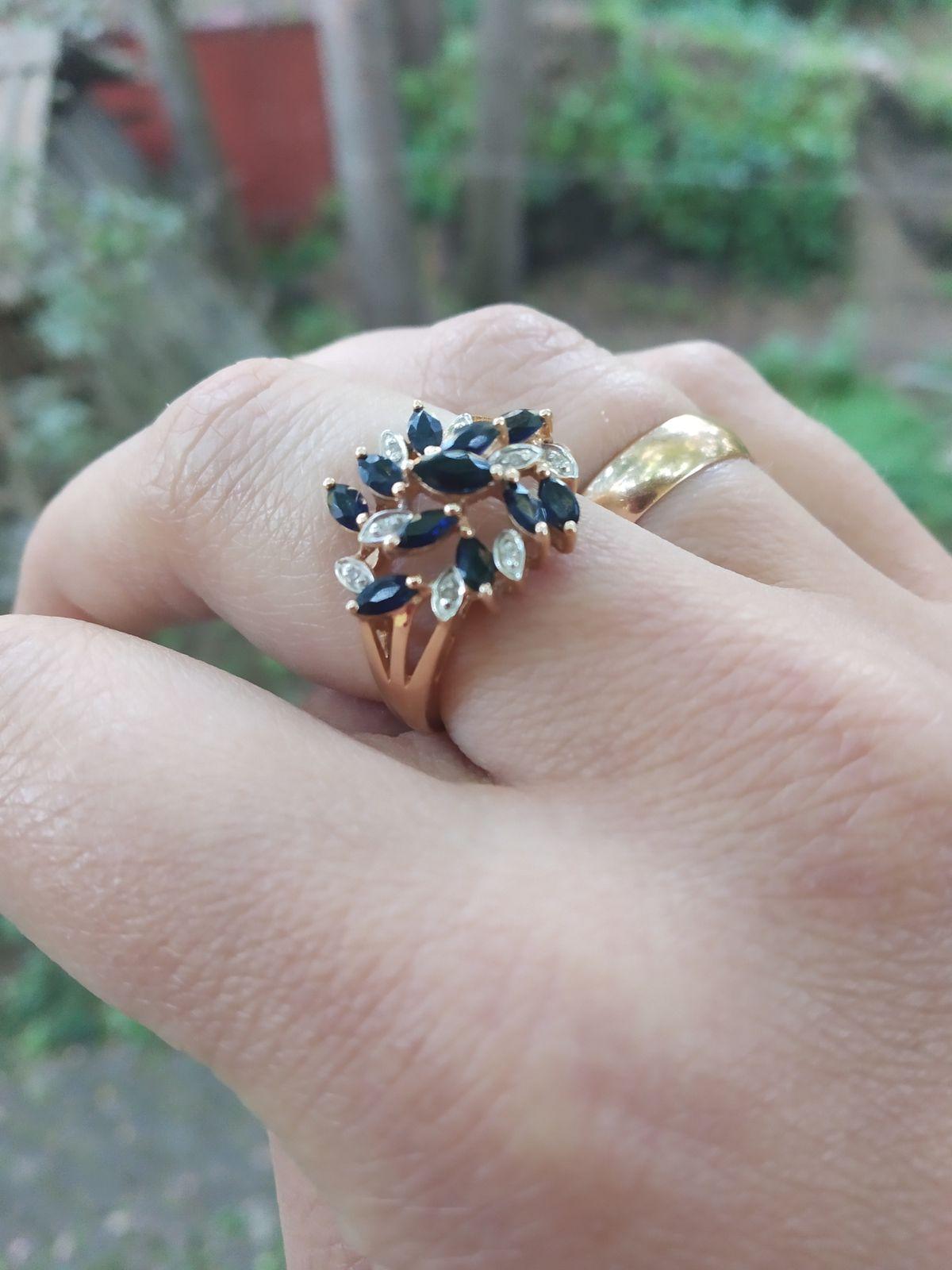 Кольцо с сапрфирами и бриллиантами