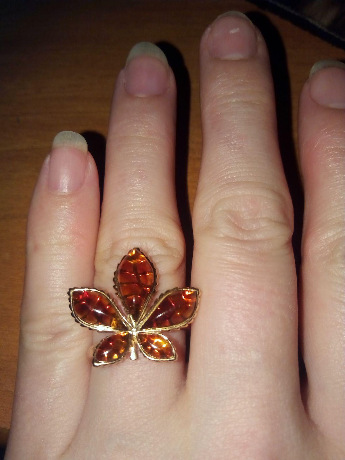 Кольцо-листочек