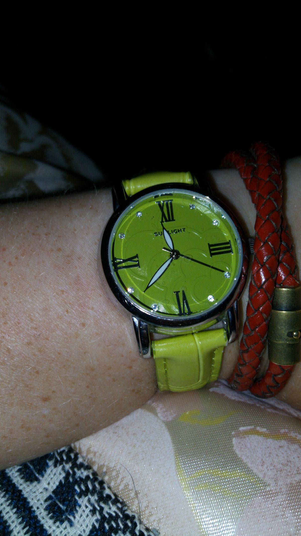 Отличные часы на каждый день!