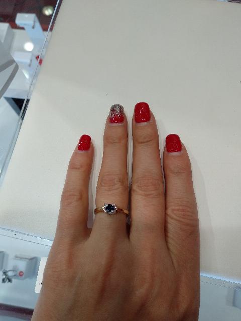 Очень красивое кольцо! И отдельное спасибо продавцу Ирине!!!