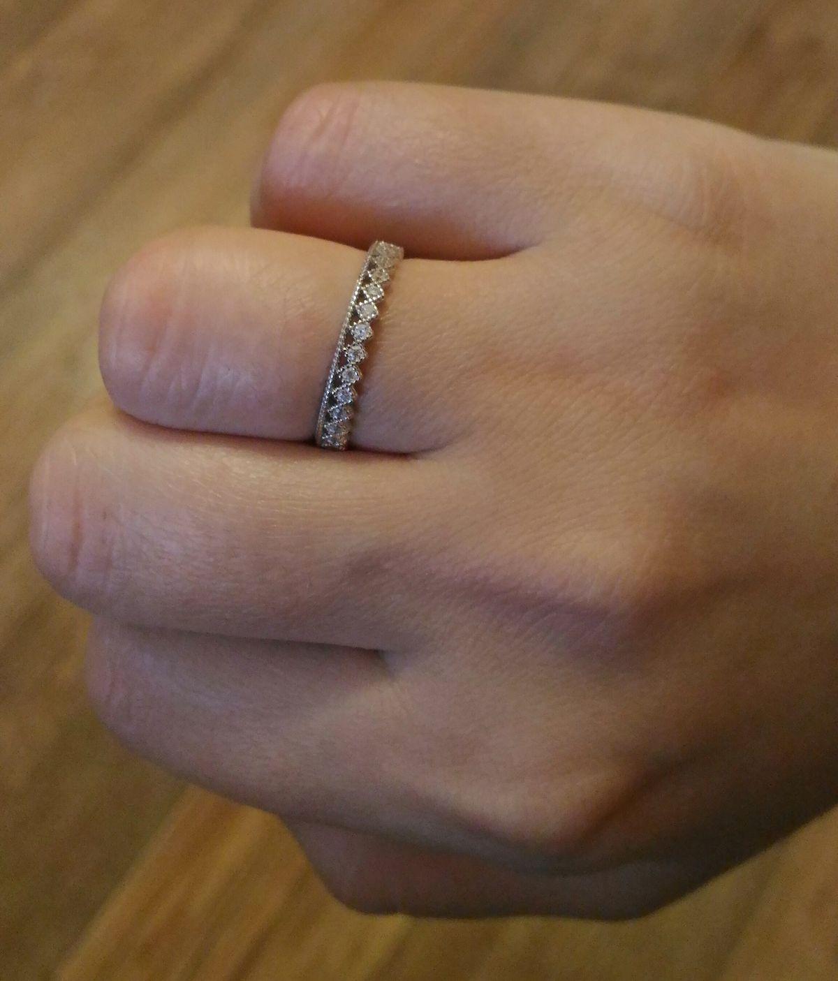Изящное и романтичное кольцо