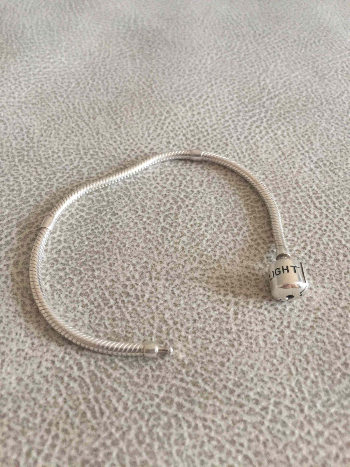 Серебряный браслет с магнитной застежкой