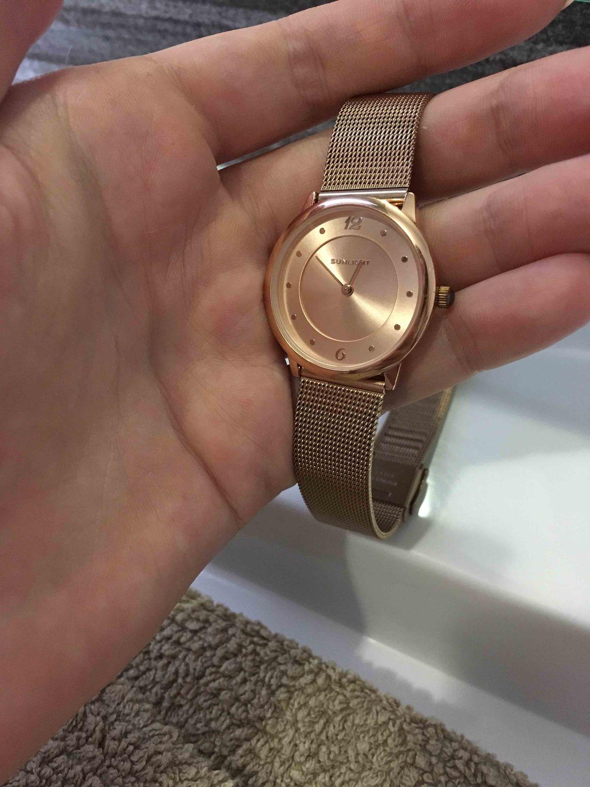 Тонкие часы, розовое золото