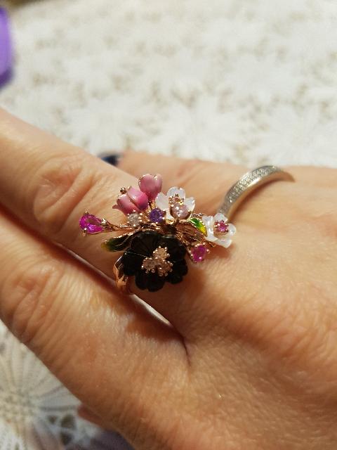 Шикарное кольцо, для шикарных ручек!