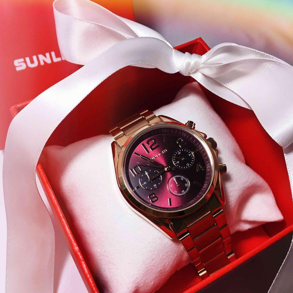 Я получила эти часы в подарок и была удивлена качеством.