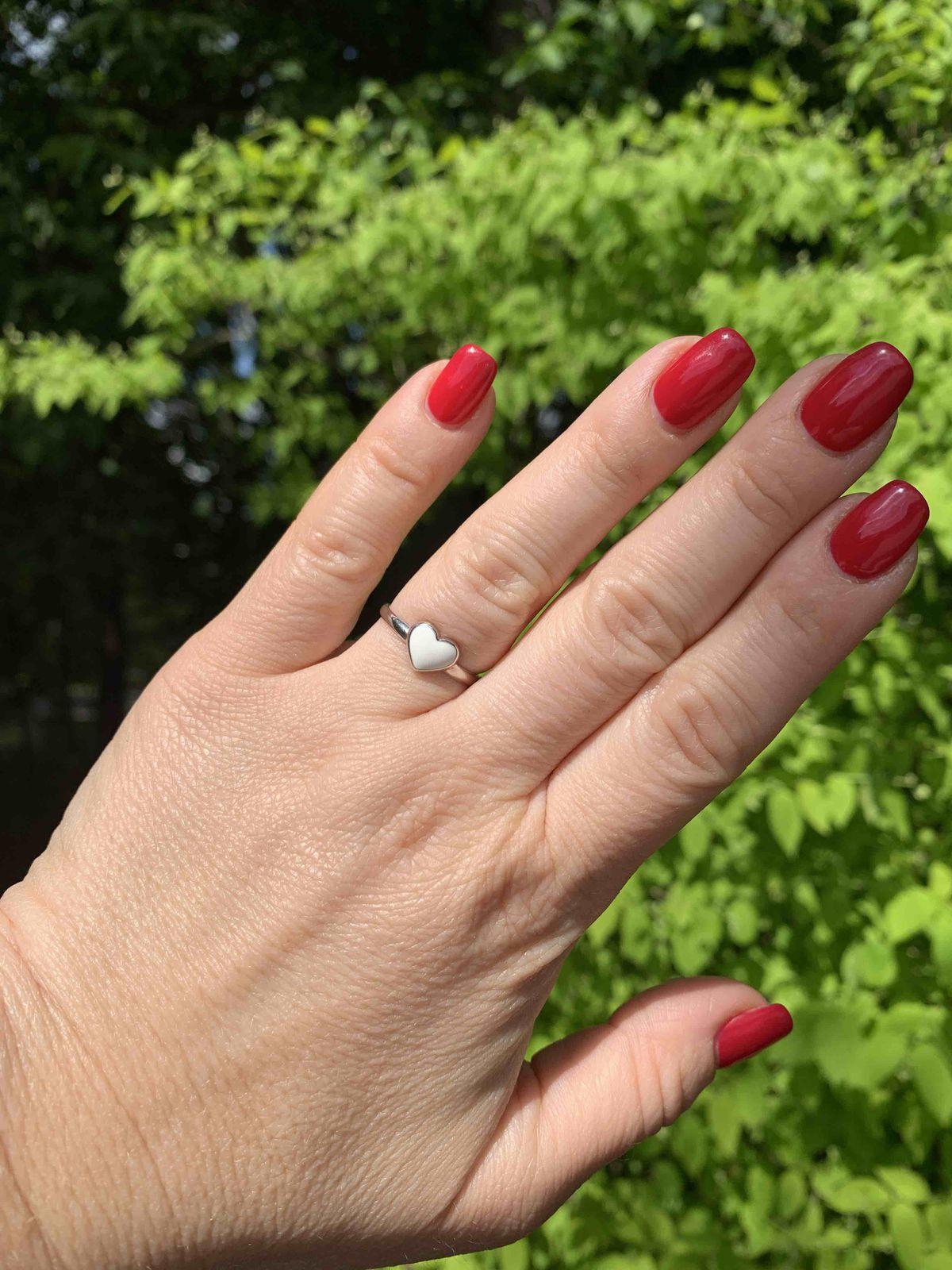 Кольцо с белой эмалью