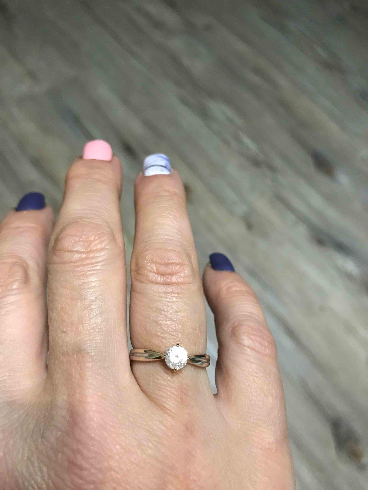Кольцо с крупным феонитом
