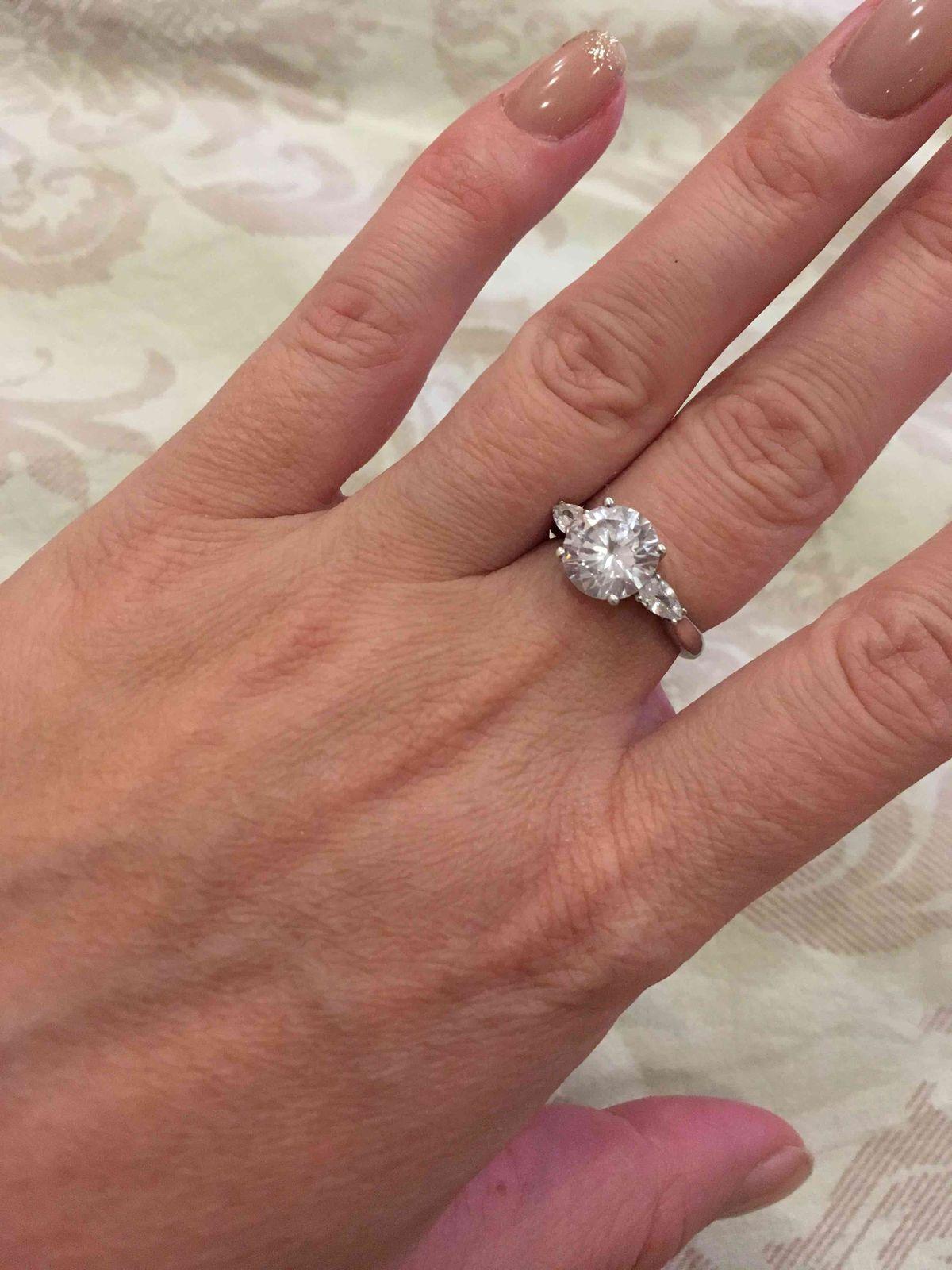 Кольцо серебренное,с фианитом